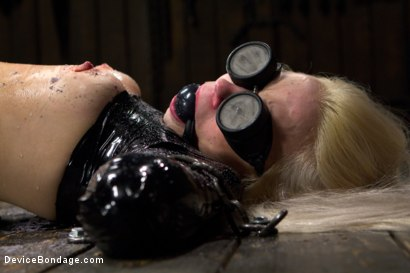 Photo number 5 from Fragments IX shot for Device Bondage on Kink.com. Featuring Ana Foxxx and Ranie Mae in hardcore BDSM & Fetish porn.