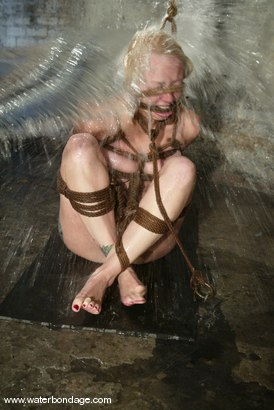 Photo number 10 from James and Adrianna Nicole shot for Water Bondage on Kink.com. Featuring James and Adrianna Nicole in hardcore BDSM & Fetish porn.