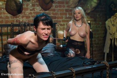 Photo number 11 from Electrocock Therapy shot for Electro Sluts on Kink.com. Featuring Mizz Amanda Marie and Aiden Starr in hardcore BDSM & Fetish porn.
