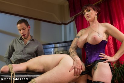 Photo number 4 from All Night Cuckolding Fuck Fest shot for Divine Bitches on Kink.com. Featuring Mz Berlin, Wolf Hudson and Jimmy Broadway in hardcore BDSM & Fetish porn.