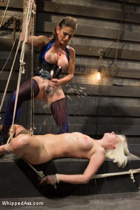 Photo number 5 from Cherry Torn gets Felony'd! shot for Whipped Ass on Kink.com. Featuring Felony and Cherry Torn in hardcore BDSM & Fetish porn.
