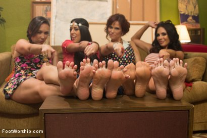 Photo number 11 from Step Mom Foot Fuck shot for Foot Worship on Kink.com. Featuring Kirsten Price, Syren de Mer, Sinn Sage and Lyla Storm in hardcore BDSM & Fetish porn.