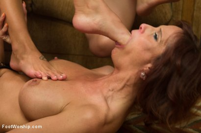 Photo number 13 from Step Mom Foot Fuck shot for Foot Worship on Kink.com. Featuring Kirsten Price, Syren de Mer, Sinn Sage and Lyla Storm in hardcore BDSM & Fetish porn.