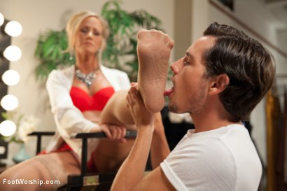Photo number 2 from MILF Cougar With Sweaty Feet! shot for Foot Worship on Kink.com. Featuring Simone Sonay and Tyler Nixon in hardcore BDSM & Fetish porn.