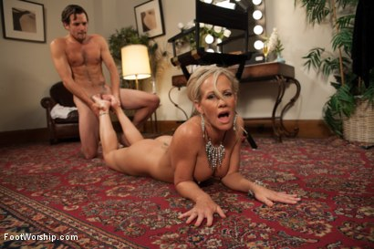 Photo number 6 from MILF Cougar With Sweaty Feet! shot for Foot Worship on Kink.com. Featuring Simone Sonay and Tyler Nixon in hardcore BDSM & Fetish porn.