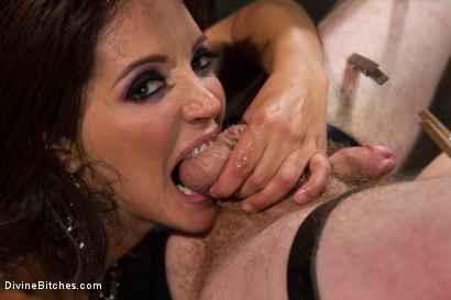 Photo number 6 from You smell like a bitch and not the good kind. shot for Divine Bitches on Kink.com. Featuring Francesca Le  and Sebastian Keys in hardcore BDSM & Fetish porn.