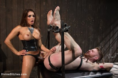 Photo number 8 from You smell like a bitch and not the good kind. shot for Divine Bitches on Kink.com. Featuring Francesca Le and Sebastian Keys in hardcore BDSM & Fetish porn.