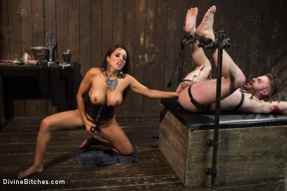 Photo number 10 from You smell like a bitch and not the good kind. shot for Divine Bitches on Kink.com. Featuring Francesca Le and Sebastian Keys in hardcore BDSM & Fetish porn.