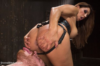 Photo number 15 from You smell like a bitch and not the good kind. shot for Divine Bitches on Kink.com. Featuring Francesca Le  and Sebastian Keys in hardcore BDSM & Fetish porn.