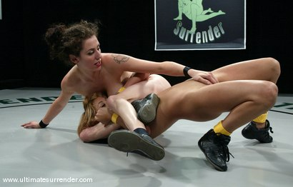 Photo number 7 from The Spider vs. Kat shot for Ultimate Surrender on Kink.com. Featuring Princess Donna Dolore and Kat in hardcore BDSM & Fetish porn.
