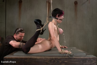 Photo number 6 from Closest to the Edge shot for Sadistic Rope on Kink.com. Featuring Iona Grace in hardcore BDSM & Fetish porn.