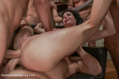 Photo number 8 from Veronica Avluv - SEX ADDICT shot for Hardcore Gangbang on Kink.com. Featuring Veronica Avluv, John Strong, Toni Ribas, Karlo Karrera, Astral Dust and Bill Bailey in hardcore BDSM & Fetish porn.