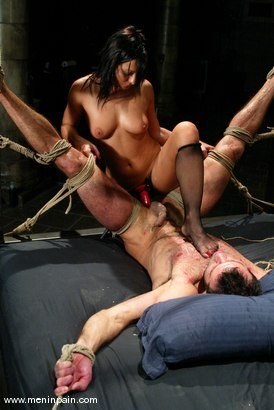 Photo number 9 from Sandra Romain and totaleurosex shot for Men In Pain on Kink.com. Featuring Sandra Romain and totaleurosex in hardcore BDSM & Fetish porn.