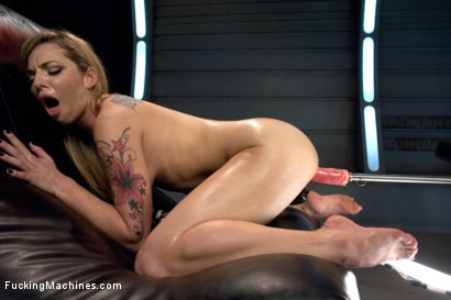 Photo number 5 from Fucking a Stunner.  shot for Fucking Machines on Kink.com. Featuring Dahlia Sky in hardcore BDSM & Fetish porn.