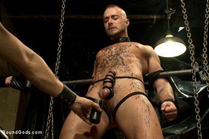 Photo number 9 from Onyx vs Redz - Pre-Folsom Street Fair Live Show shot for Bound Gods on Kink.com. Featuring Van Darkholme, Christian Wilde, Jessie Colter, Alessio Romero and Hayden Richards in hardcore BDSM & Fetish porn.