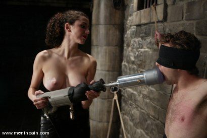 Photo number 12 from Elliot Skellington and Princess Donna Dolore shot for Men In Pain on Kink.com. Featuring Princess Donna Dolore and Elliot Skellington in hardcore BDSM & Fetish porn.
