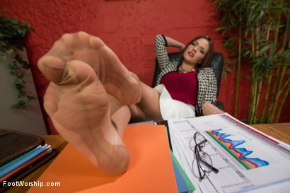 Photo number 3 from A Package Delivered: A Bicycle Messenger's Foot Fantasy Cums Alive shot for Foot Worship on Kink.com. Featuring Cliff Adams and Krissy Lynn in hardcore BDSM & Fetish porn.