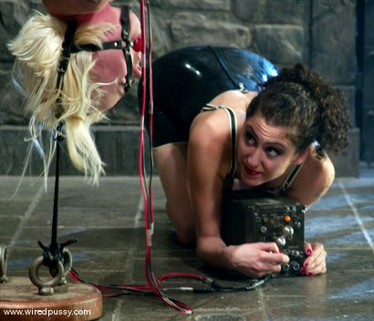 Photo number 13 from Lorelei Lee and Princess Donna Dolore shot for Wired Pussy on Kink.com. Featuring Lorelei Lee and Princess Donna Dolore in hardcore BDSM & Fetish porn.