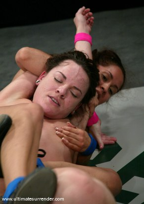 Photo number 11 from The Goddess (Lifetime 7-4) vs<br>The Jester (Lifetime 0-0) shot for Ultimate Surrender on Kink.com. Featuring Isis Love and Dana DeArmond in hardcore BDSM & Fetish porn.