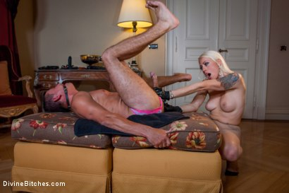 Photo number 8 from Divine Bitches Takes on Eastern Europe! Slaveboy Games: Are You Worthy? Episode 1 shot for Divine Bitches on Kink.com. Featuring Jenny Simons, Marco Bon Phoenix, Richy and Lorelei Lee in hardcore BDSM & Fetish porn.