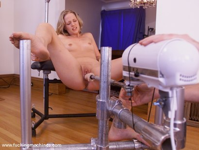 Photo number 14 from Anna Mills shot for Fucking Machines on Kink.com. Featuring Anna Mills in hardcore BDSM & Fetish porn.