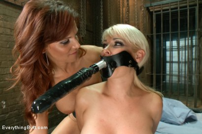 Photo number 10 from Milftastic Anal Sluts: Mikki Lynn and Syren de Mer shot for Everything Butt on Kink.com. Featuring Syren de Mer and Mikki Lynn in hardcore BDSM & Fetish porn.