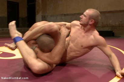 Photo number 6 from Last Semifinal Match of Naked Kombat's Summer Smackdown Tournament!  shot for Naked Kombat on Kink.com. Featuring Leo Forte and Randall O'Reilly in hardcore BDSM & Fetish porn.