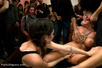 Photo number 12 from Fuckable Art! Big titted blonde fucked in a crowded gallery shot for Public Disgrace on Kink.com. Featuring Courtney Taylor and Bill Bailey in hardcore BDSM & Fetish porn.