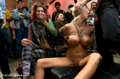 Photo number 5 from Fuckable Art! Big titted blonde fucked in a crowded gallery shot for Public Disgrace on Kink.com. Featuring Courtney Taylor and Bill Bailey in hardcore BDSM & Fetish porn.