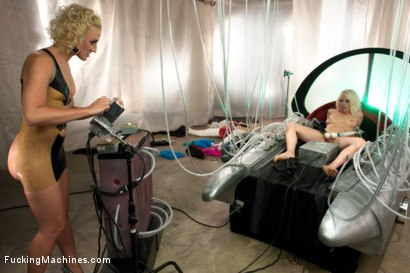 Photo number 5 from THE LONG AWAITED ORGASMATRON SHOOT - BARBARELLA PARODY FEATURE shot for Fucking Machines on Kink.com. Featuring Lorelei Lee and Dylan Ryan in hardcore BDSM & Fetish porn.