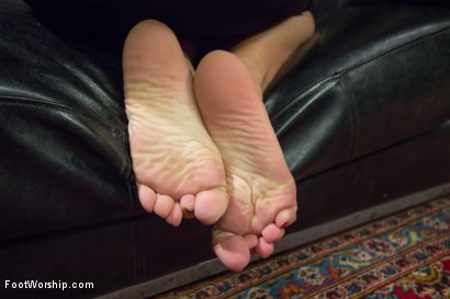 Photo number 9 from Real Couples of Porn: Hot Foot Worship with Christian and Bella Wilde! shot for Foot Worship on Kink.com. Featuring Bella Wilde and Christian Wilde in hardcore BDSM & Fetish porn.