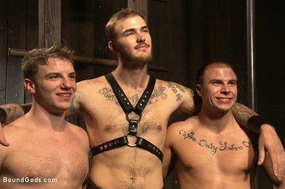 Photo number 15 from A pain slut and a newcomer - Live Show shot for Bound Gods on Kink.com. Featuring Van Darkholme, Christian Wilde, Doug Acre and Eli Hunter in hardcore BDSM & Fetish porn.