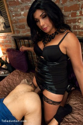 Photo number 8 from A Classic Three's Company Mix-up Porn shot for TS Seduction on Kink.com. Featuring Vaniity, Corbin Dallas and Beretta James in hardcore BDSM & Fetish porn.