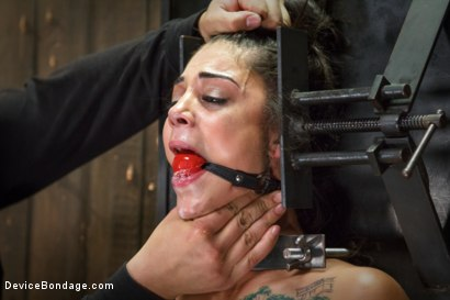 Photo number 1 from Bonnie Rotten-Uncontrollable Squirting Orgasms!!!! shot for Device Bondage on Kink.com. Featuring Bonnie Rotten and Orlando in hardcore BDSM & Fetish porn.