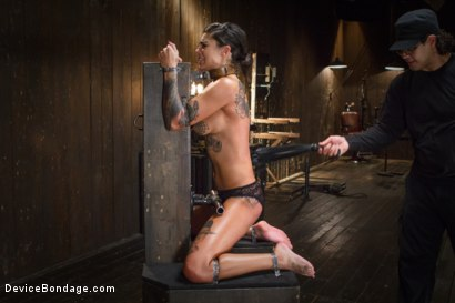 Photo number 10 from Bonnie Rotten-Uncontrollable Squirting Orgasms!!!! shot for Device Bondage on Kink.com. Featuring Bonnie Rotten and Orlando in hardcore BDSM & Fetish porn.