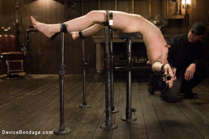 Photo number 2 from Annihilation of Elise Graves shot for Device Bondage on Kink.com. Featuring Elise Graves in hardcore BDSM & Fetish porn.