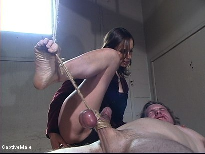 Photo number 7 from Bitchboy's Ordeal shot for Captive Male on Kink.com. Featuring Amber Rayne and Ryan Knox in hardcore BDSM & Fetish porn.