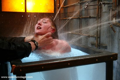 Photo number 13 from Kendra James shot for Water Bondage on Kink.com. Featuring Kendra James in hardcore BDSM & Fetish porn.