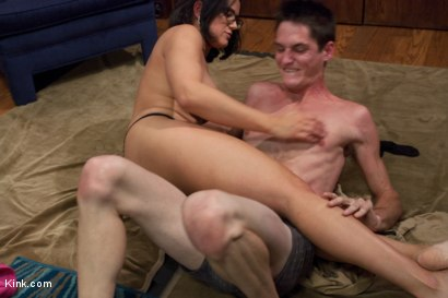 Photo number 8 from Valentine's day Leg Scissor Massacre. Loser Boyfriend gets squeezed shot for Kink Test Shoots on Kink.com. Featuring Penny Barber and Tony Orlando in hardcore BDSM & Fetish porn.
