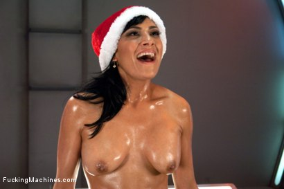Photo number 7 from Sybian Bonus to take the Edge off your Holiday shot for Fucking Machines on Kink.com. Featuring Roxy Rox, Beretta James, Veruca James and Luna Light in hardcore BDSM & Fetish porn.
