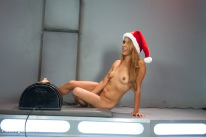 Photo number 15 from Sybian Bonus to take the Edge off your Holiday shot for Fucking Machines on Kink.com. Featuring Roxy Rox, Beretta James, Veruca James and Luna Light in hardcore BDSM & Fetish porn.