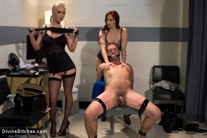 Photo number 13 from The Sperm Bank shot for Divine Bitches on Kink.com. Featuring Cherry Torn, Orlando, John Jammen and Bella Rossi in hardcore BDSM & Fetish porn.