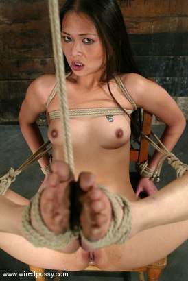 Photo number 12 from Princess Donna Dolore and Nyomi Zen shot for Wired Pussy on Kink.com. Featuring Nyomi Zen and Princess Donna Dolore in hardcore BDSM & Fetish porn.