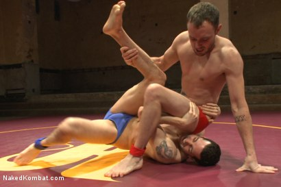 """Photo number 2 from Kirk """"Kick-Ass"""" Cummings vs Silas """"The Spartan"""" O'Hara shot for nakedkombat on Kink.com. Featuring Silas O'Hara and Kirk Cummings in hardcore BDSM & Fetish porn."""