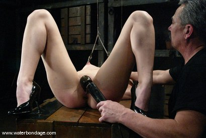 Photo number 9 from Bobbi Starr shot for Water Bondage on Kink.com. Featuring Bobbi Starr in hardcore BDSM & Fetish porn.