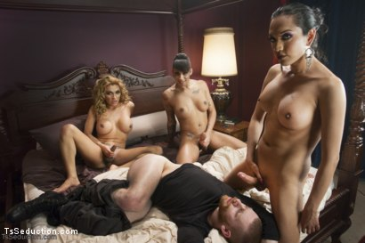 The First EVER TS GANG BANG on TsSeduction.com - The Gangster Gangbang