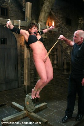 Photo number 3 from Ava Devine and Mark Davis shot for Sex And Submission on Kink.com. Featuring Ava Devine and Mark Davis in hardcore BDSM & Fetish porn.