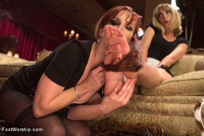 Photo number 3 from Foot Maids: Part 1 shot for Foot Worship on Kink.com. Featuring Mona Wales, Bella Rossi and Kip Johnson in hardcore BDSM & Fetish porn.