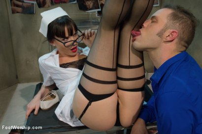 Photo number 4 from Foot Therapy Part 1 shot for Foot Worship on Kink.com. Featuring Dana DeArmond and Wolf Hudson in hardcore BDSM & Fetish porn.