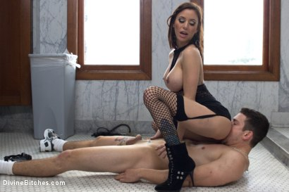 Photo number 7 from Gia DiMarco's Divine Exercise Torture shot for Divine Bitches on Kink.com. Featuring Gia DiMarco and Reed Jameson in hardcore BDSM & Fetish porn.
